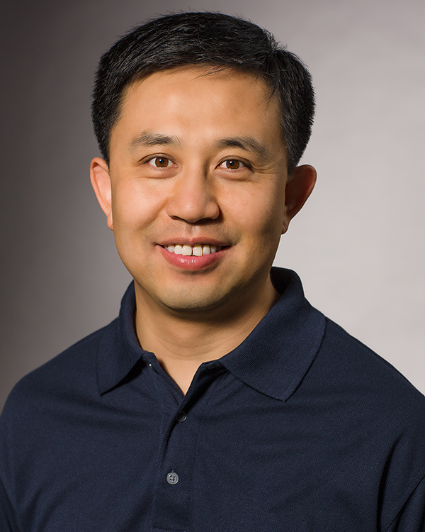 Photo of Shaowen Wang